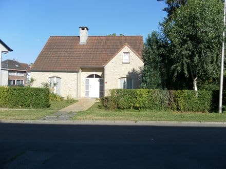 House<span>165</span>m² for rent Dilbeek