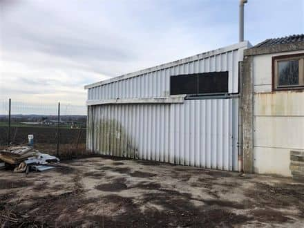 Warehouse<span>80</span>m² for rent