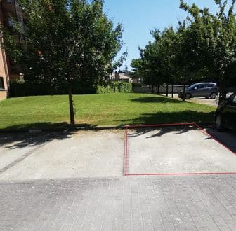 Parking space or garage for rent Ottignies