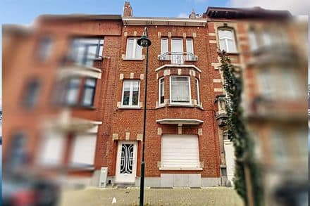House<span>200</span>m² for rent Jette