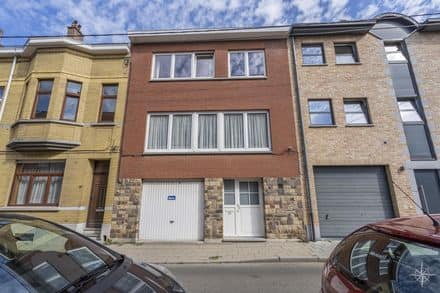 House<span>190</span>m² for rent Waterloo