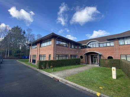 Office or business<span>620</span>m² for rent