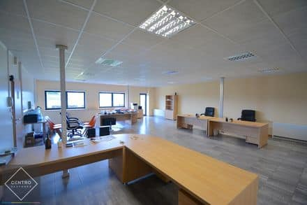 Office<span>125</span>m² for rent