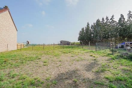 Building land<span>1100</span>m² for rent