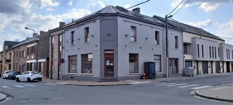 Office or business for rent in Maurage