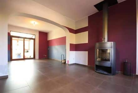 House<span>190</span>m² for rent