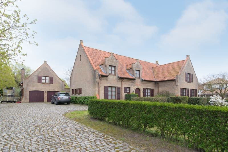Villa for sale in Jabbeke