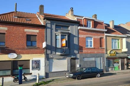 House<span>213</span>m² for rent