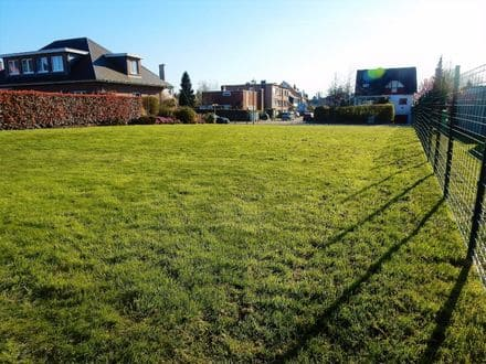 Building land<span>444</span>m² for rent