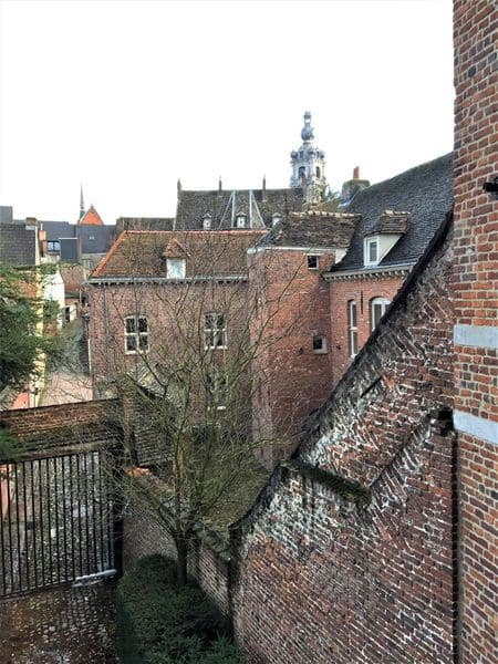 Studio flat for rent in Mons