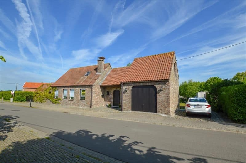 House for sale in Oudenburg
