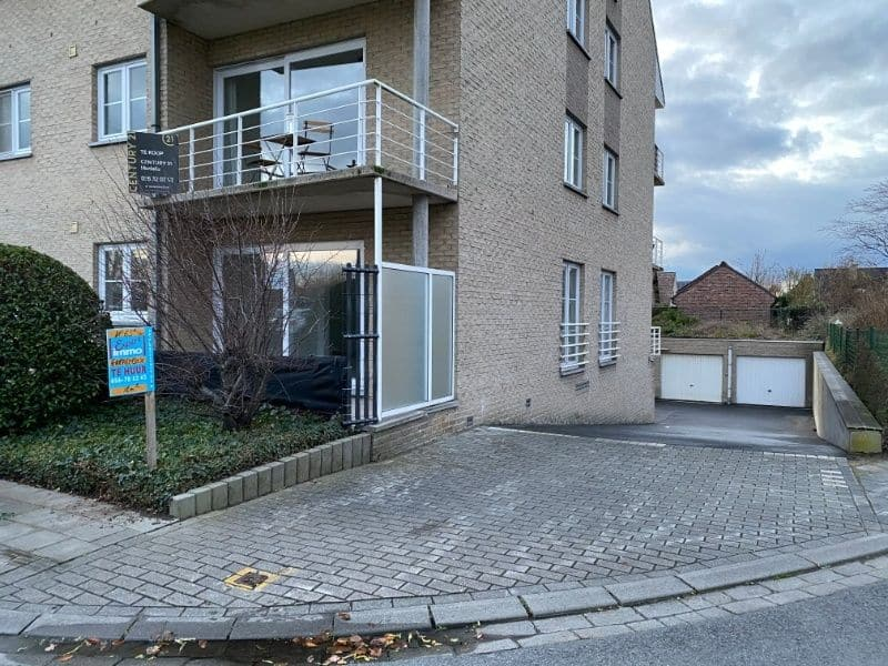 Parking space or garage for rent in Harelbeke