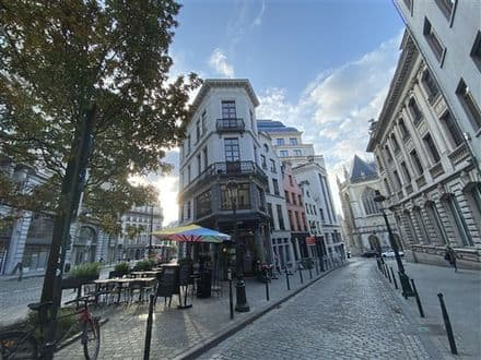 Duplex<span>75</span>m² for rent Brussels