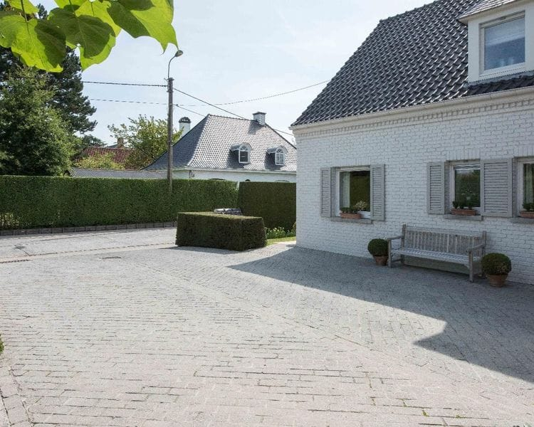 Villa for sale in Waregem