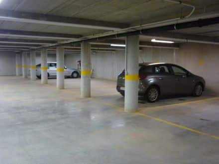 Parking space or garage for rent Lier