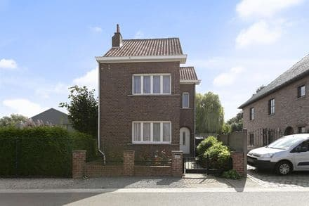 House<span>135</span>m² for rent Opwijk