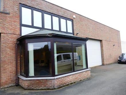 Business<span>640</span>m² for rent
