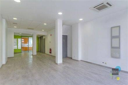Office or business<span>76</span>m² for rent