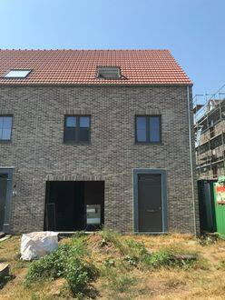 House<span>217</span>m² for rent