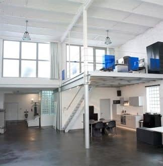 Office<span>294</span>m² for rent