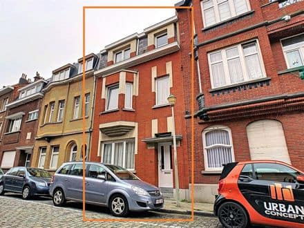 House<span>190</span>m² for rent Brussels