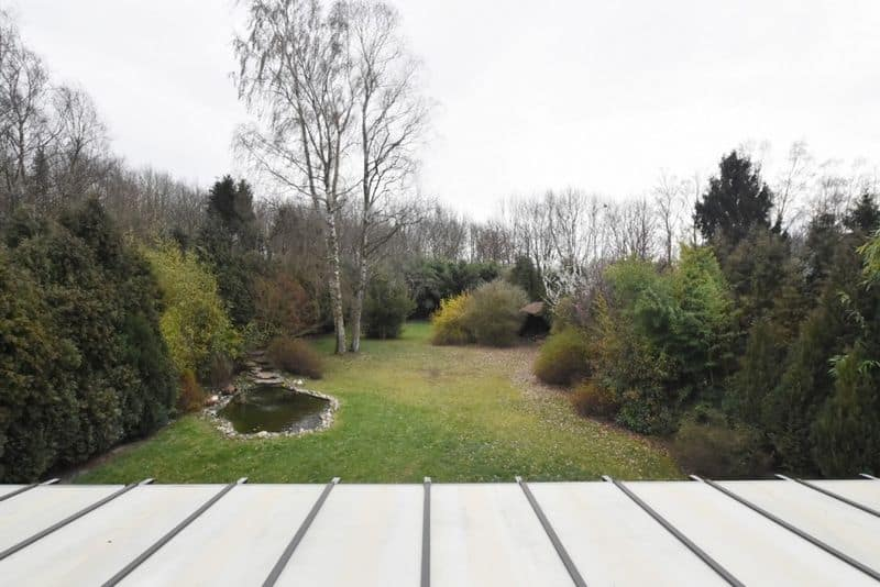 House for sale in Sirault