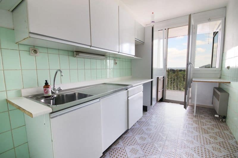 Apartment for sale in Gilly