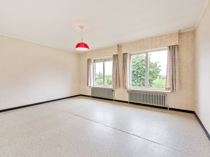 Farmhouse for sale in Ursel