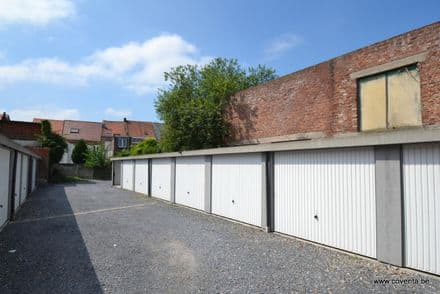 Parking space or garage<span>14</span>m² for rent