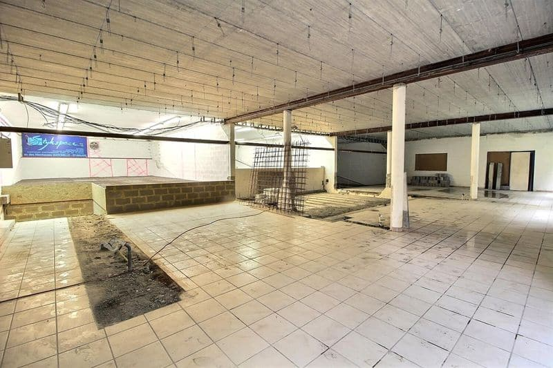 Office or business for sale in Aiseau Presles