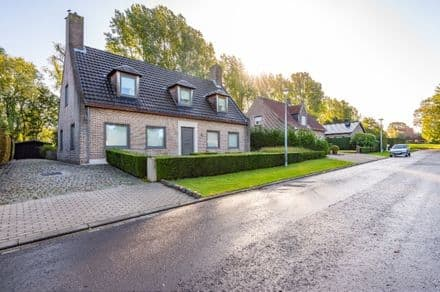 Villa for rent Roeselare