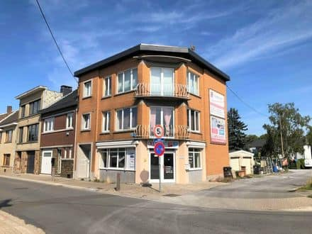 Business<span>90</span>m² for rent Haccourt