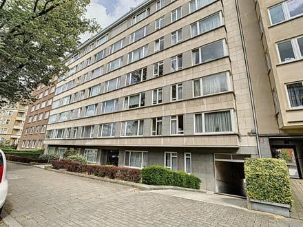Apartment<span>120</span>m² for rent Sint Lambrechts Woluwe