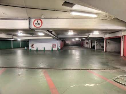 Parking space or garage<span>20</span>m² for rent