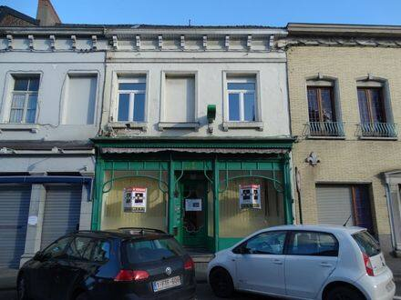 House<span>320</span>m² for rent Peruwelz