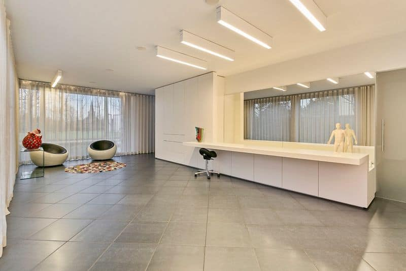 Retail space for sale in Zoutleeuw