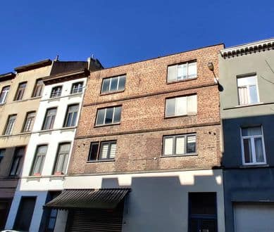 House<span>660</span>m² for rent