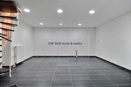Business<span>25</span>m² for rent