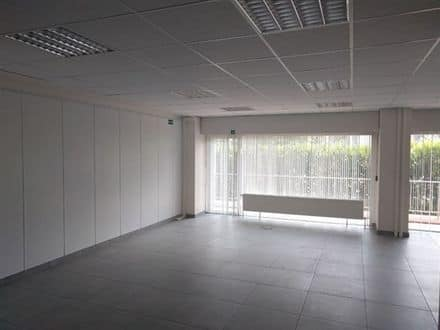 Office<span>142</span>m² for rent
