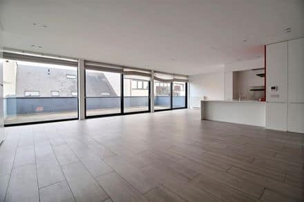 Penthouse<span>200</span>m² for rent Brussels