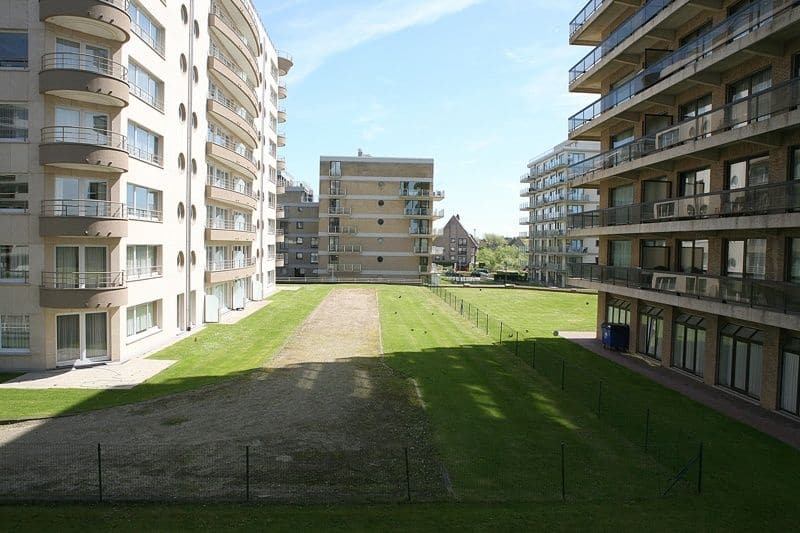 Studio flat for sale in De Panne