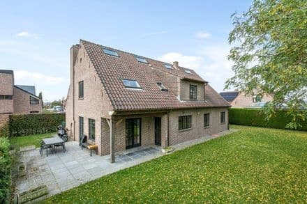 Villa<span>240</span>m² for rent Leefdaal