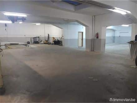 Parking space or garage<span>600</span>m² for rent Jette