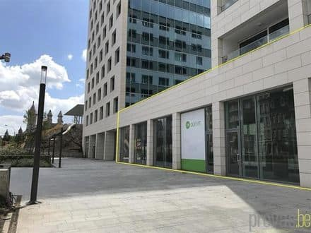 Business<span>440</span>m² for rent