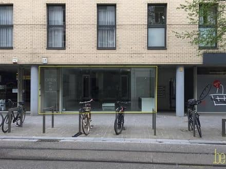 Business<span>85</span>m² for rent