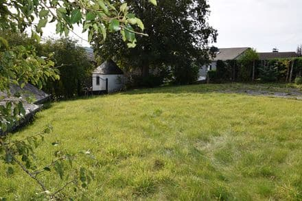 Land<span>1045</span>m² for rent Vielsalm