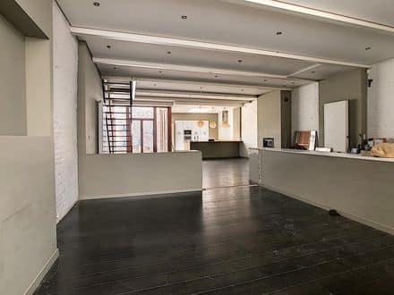 Investment property<span>211</span>m² for rent Anderlecht