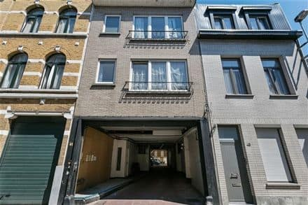 Parking space or garage<span>200</span>m² for rent Borgerhout