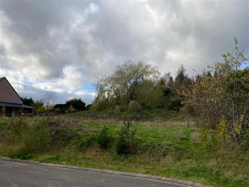 Land for sale in Montigny Le Tilleul