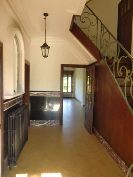 House for sale in Quevaucamps